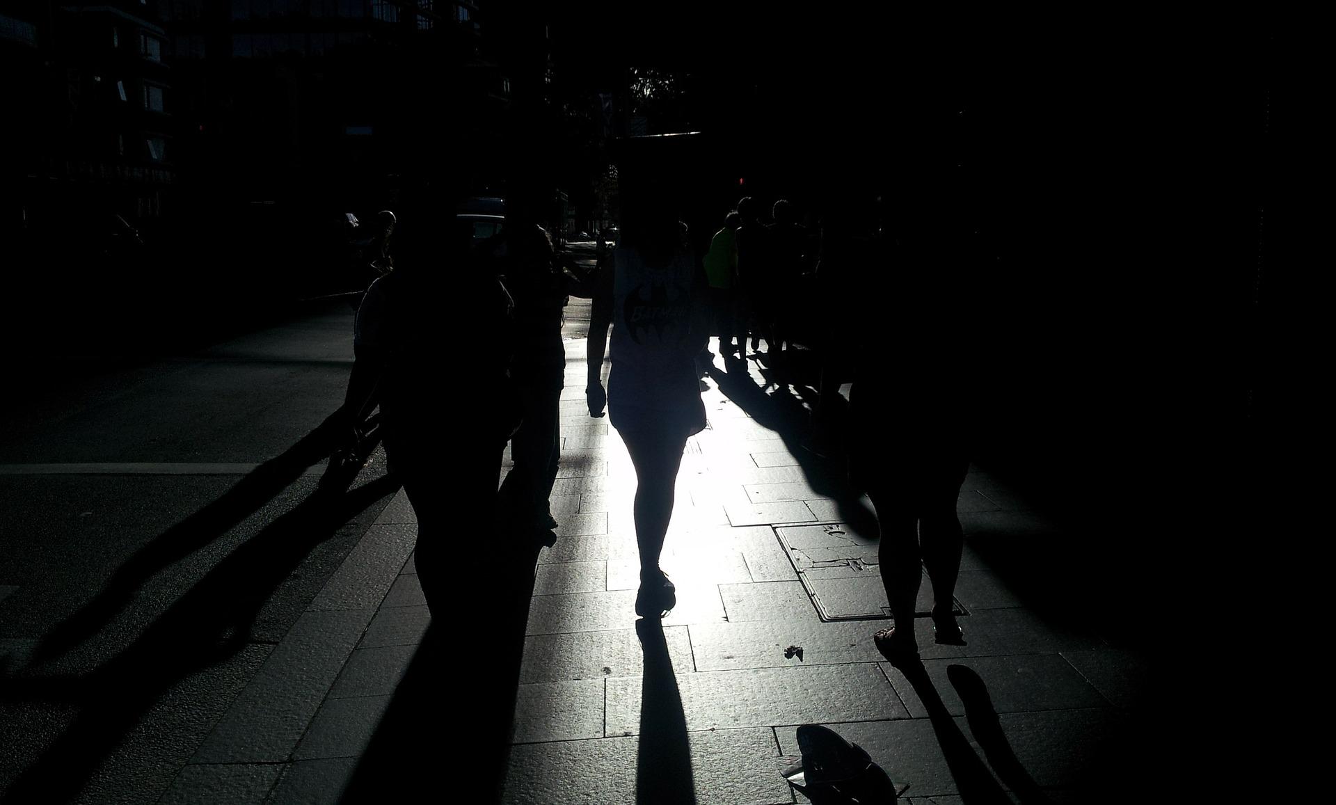 שוורצמן יוצא להליכה לילית, צילום אילוסטרציה